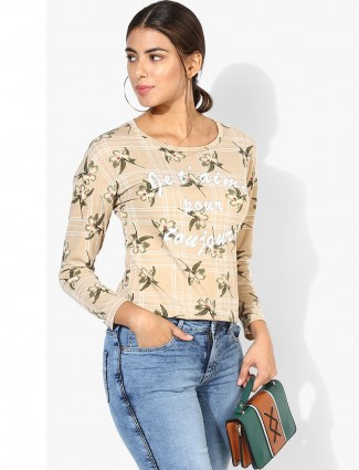 Beige cotton top for casual wear