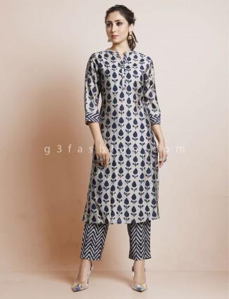 Beige punjabi printed pant suit in cotton