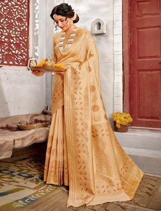 Beige wedding saree for wedding session