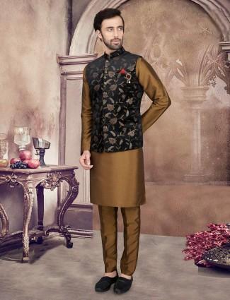 Black and olive mens waistcoat set in velvet