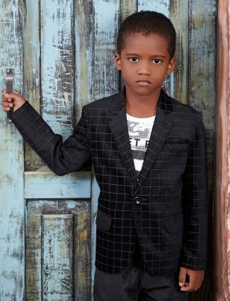 Black checks blazer for boys