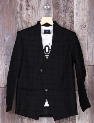 Black checks blazer for party function