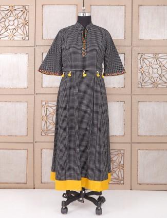 Black color printed cotton kurti