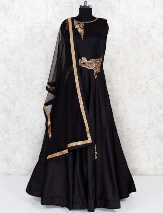 Black hue party wear gown in silk fabric