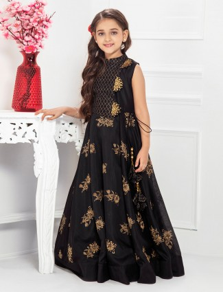 Black hued cotton silk fabric gown