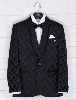 Black hued tery raon tuxedo suit