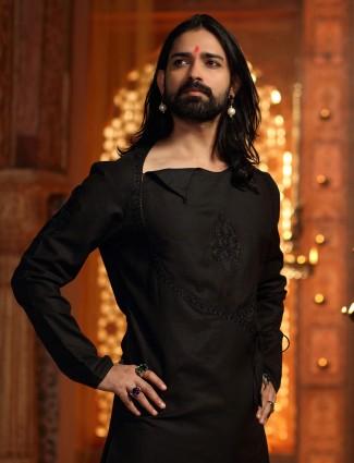 Black kurta suit for festive