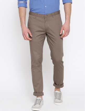 Blackberrys brown hued solid trouser