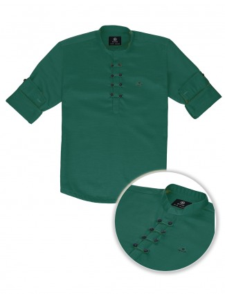 Blazo green hue solid cotton kurta shirt