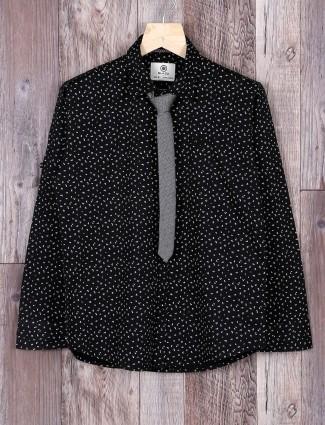 Blazo printed black casual shirt