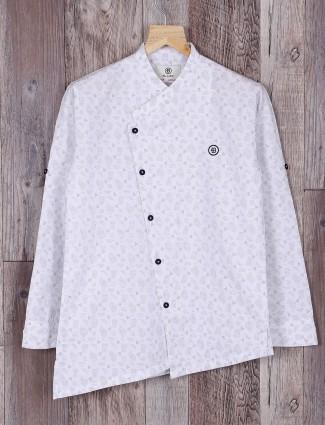 Blazo white cotton fabric shirt