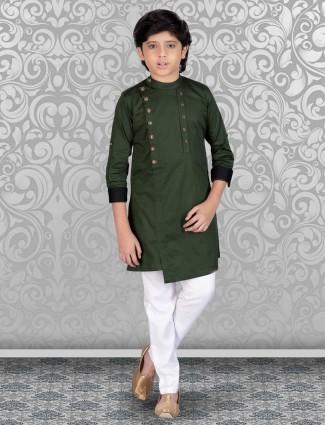 Bottle green solid cotton full sleeves kurta suit