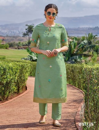 Casual wear pista green kurti set in cotton