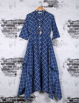 Casual wear printed cotton kurti in blue color