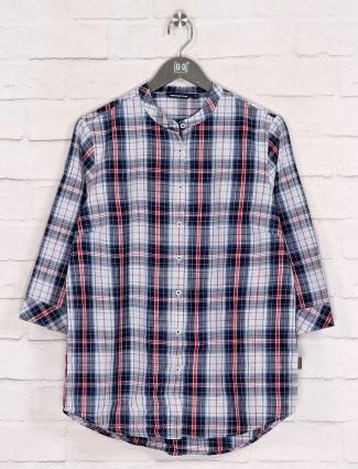 Checks design white cotton long shirt