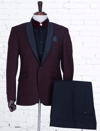 Checks maroon terry rayon coat suit