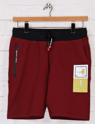 Chopstick cotton maroon solid shorts