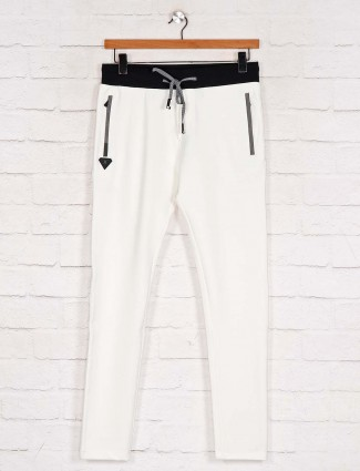 Chopstick white comfortable track pant