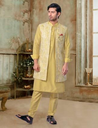 Classic mustard yellow waistcoat set