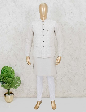 Cotton waistcoat set in beige for party