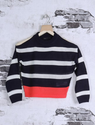 Deal black color stripe top