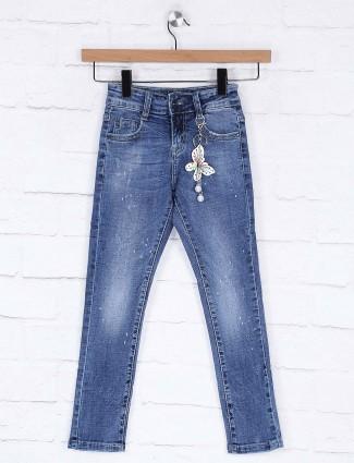 Deal blue color washed denim casual jeans