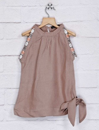 Deal brown cotton solid top