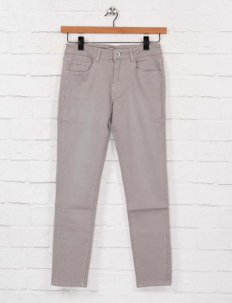 Deal denim jeans in grey color
