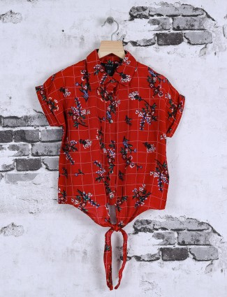 Deal girls red color printed top