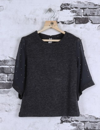 Deal grey top
