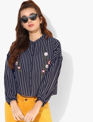 Deal navy and white cotton casual top