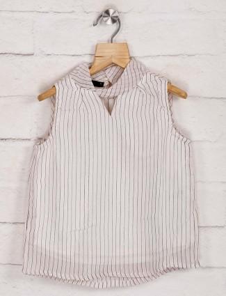 Deal off white cotton sleeveless top