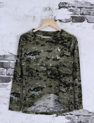 Deal olive green color top