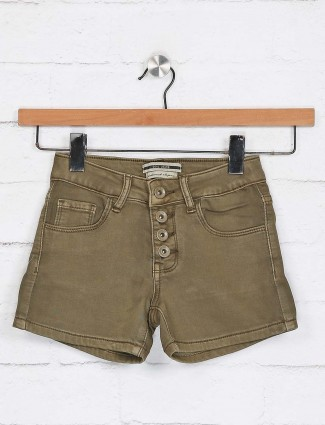 Deal presented solid olive shorts