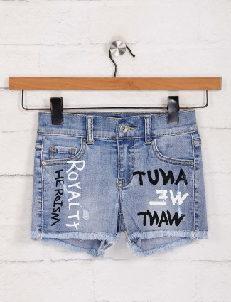 Deal printed blue denim shorts