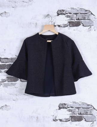 Deal simple navy top