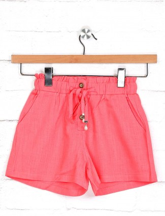 Deal solid bright pink shorts in cotton