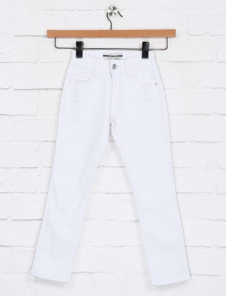 Deal solid white casual wear jeans