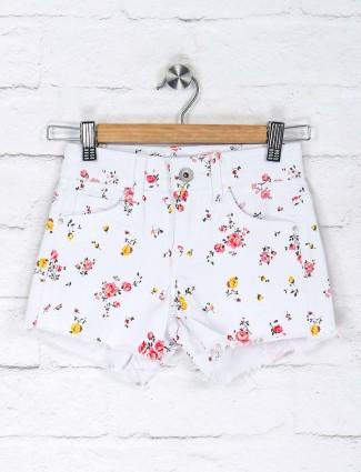 Deal white printed denim shorts