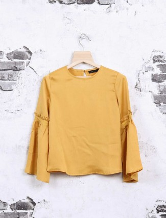 Deal yellow cotton fabric top