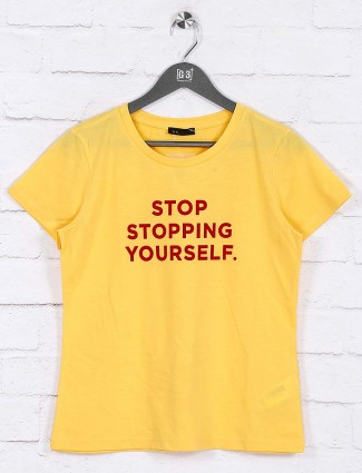 Deal yellow hue round neck top
