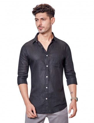 Dragon Hill black linen solid patch pocket shirt