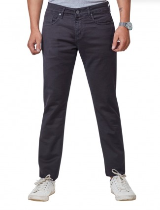 Dragon Hill black solid slim fit jeans