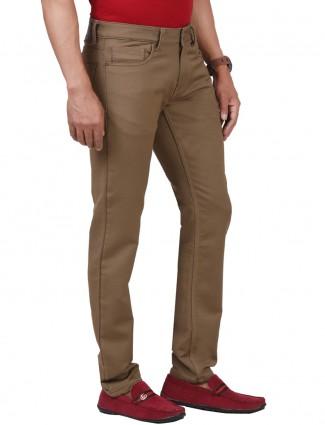 Dragon Hill slim fit solid khaki jeans