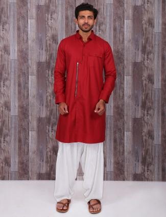 Festive wear silk kurta suit in red fabric