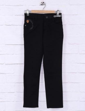 Forway solid jet black hue jeans