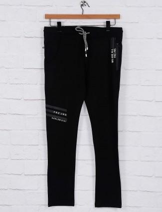 Freeze simple black hued cotton track pant