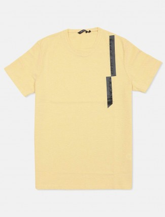 Fritzberg yellow solid cotton slim fit t-shirt