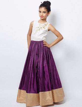 G3 Exclusive purple silk party wear nice gown