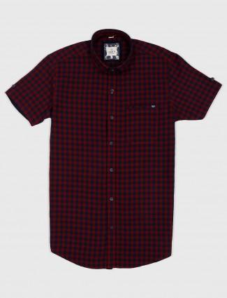 Gianti maroon checks half sleeves shirt